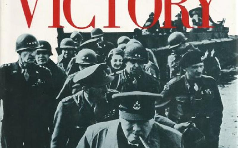 Front Cover of Road to Victory by Martin Gilbert