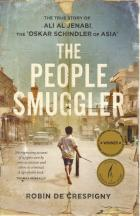Front cover of The People Smuggler by Robin de Crespigny